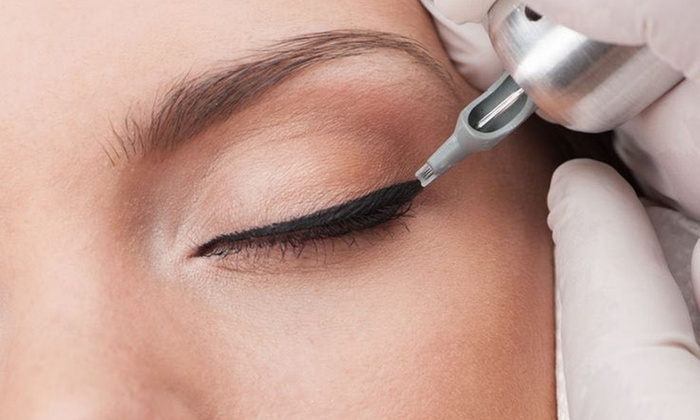 Permanent Makeup And Microblading Of