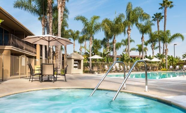 Hotels In San Diego >> 3 Star Top Secret San Diego Hotel In San Diego Ca