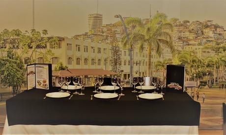 Menú latinoamericano para 2 o 4 personas con entrantes, principales, postre y bebidas en El Bongo de Nancy