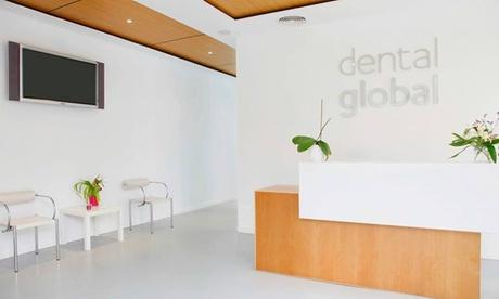 1 o 2 sesiones de blanqueamiento dental led con limpieza bucal y fluorización desde 39,95 € en Dental Global Oferta en Groupon