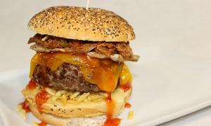 El Tarantin Chiflado: Menú de hamburguesa o parrillada a elegir para 2 o 4 desde 12,90 € en El Tarantin Chiflado