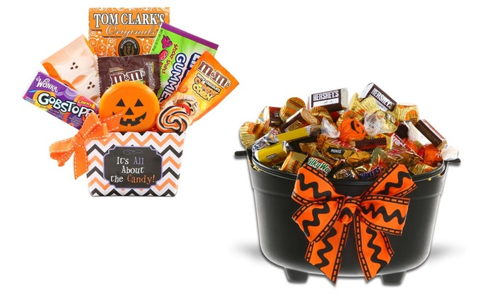 Halloween Gift Basket  sc 1 st  Groupon & Halloween Gift Basket | Groupon