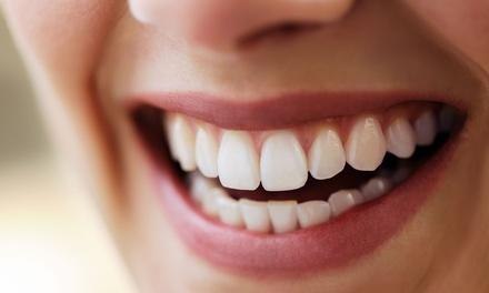 Ortodoncia con brackets metálicos, de porcelana o de zafiro con 6 revisiones desde 259 € en Clínica Médico Dental
