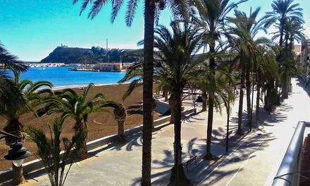 Costa Cálida: 1 o 2 noches para dos en habitación doble con desayuno y late check-out en el Hotel Bahía