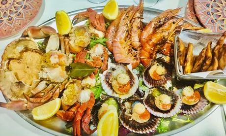 Menú para 2 personas con entrantes, mariscada, postres y bebidas o botella de vino en Maridaje Divino Restaurante