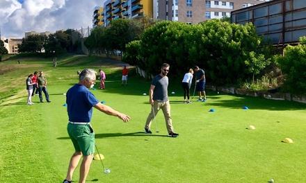 1 mes de tarifa plana de clases de golf para niño, adulto o familiares en Playgolf Escuela