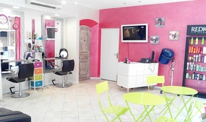 freestyle coiffure: Shampoing, coupe brushing et soin, option couleur racines ou balayage dès 19,90 € au salon Freestyle Coiffure