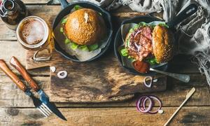 Roadhouse Food & Drink: Menu con hamburger a scelta, dolce e birra alla spina per 2 o 4 persone al Roadhouse Food & Drink (sconto fino a 58%)