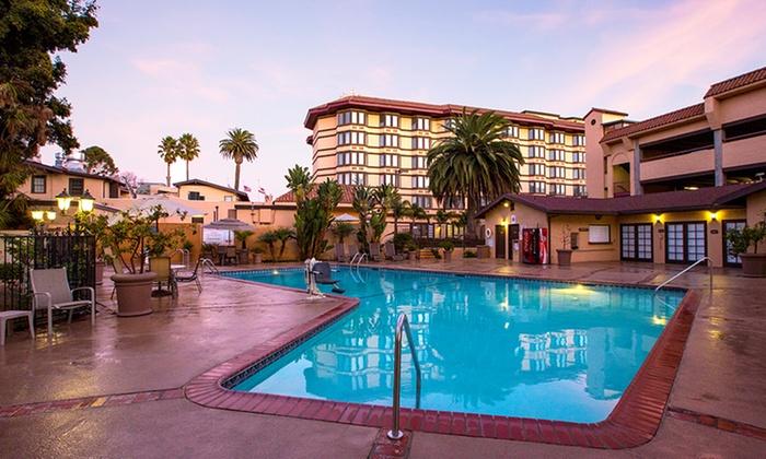 Elegant Inn near California Coast