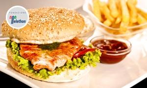 Ristorante Sciuè: Menu Fishburger con spaghetti ai frutti di mare e calice di Falanghina DOP al Ristorante Sciuè (sconto fino a 54%)
