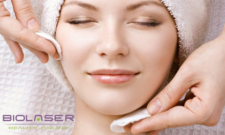 Uno o 3 trattamenti viso a scelta tra pulizia viso classica, anti-age e no-stress (sconto fino a 72%). Valido in 24 sedi