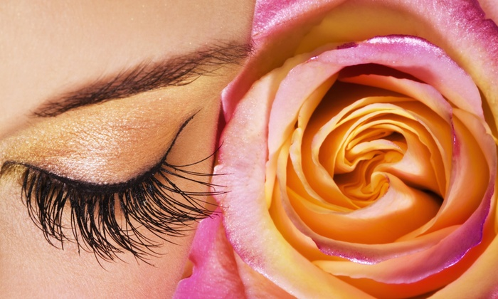 Bloom Beauty - Beverly: $9 for an Eyebrow Waxing — Bloom Beauty ($17 Value)