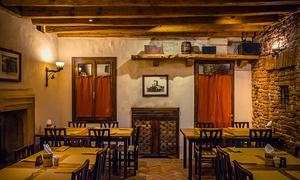 RED tower: Cena con antipasto, tagliata di manzo, hamburger gourmet o porc ribs di Patanegra e bottiglia di Chianti da Red Tower