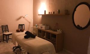 Cati Nails: 2 o 4 masajes a elegir para una persona desde 29,95 € en Cati Nails