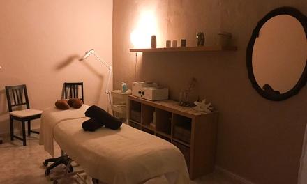 2 o 4 masajes a elegir para una persona desde 29,95 € en Cati Nails