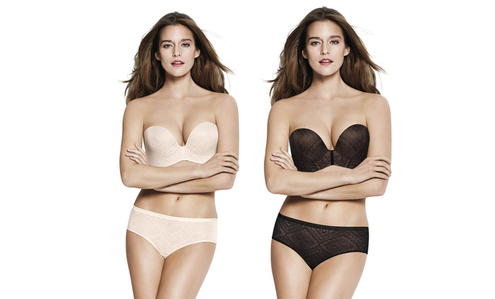 Wonderbra Ultimate Strapless Lace Bra in Choice of Colour and Size for £14.99 (62% Off)