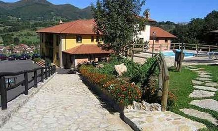 Cangas de Onís y Picos de Europa: 1 o 2 noches para 2 con spa, desayuno y detalle en Hotel & Spa Villa de Mestas
