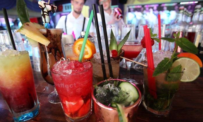 Einsteiger-Cocktailkurs inkl. Rezepten für 1 oder 2 Personen in der Knutschfleck Cocktailbörse (bis zu 70% sparen*)