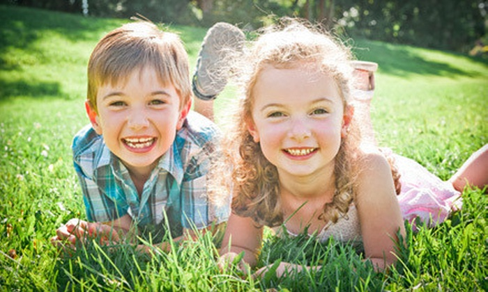 """Jen van der Vecht Photography - Stonehaven-Wyndham: $65 for a One-Hour In-Studio Family Photo Shoot with an 11""""x14"""" Print at Jen van der Vecht Photography ($375 Value)"""