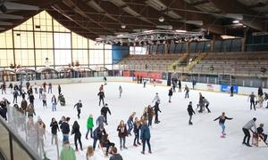 Eissporthalle am Salzgittersee: Eintritt inkl. Schlittschuh-Verleih für 2 oder 4 Pers. in der Eissporthalle am Salzgittersee (bis zu 46% sparen*)