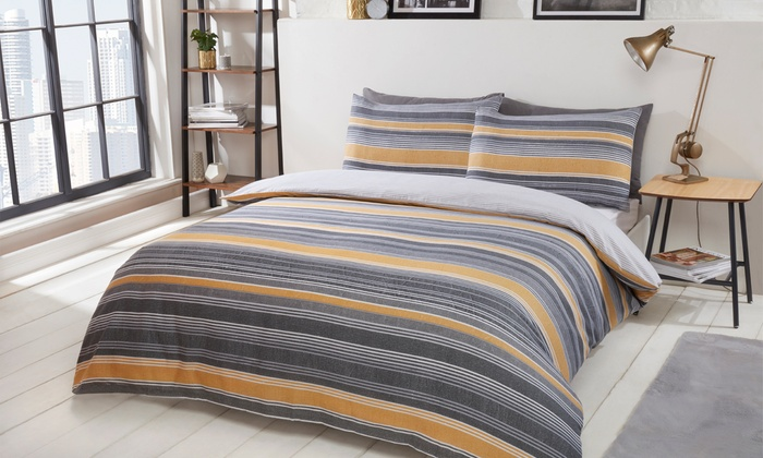 Chambray Stripe Reversible Duvet Set