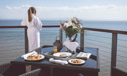 Co. Donegal: 12 Nights with Breakfast, Wine and Dining and Spa Credit at 4* Redcastle Oceanfront Golf & Spa Hotel