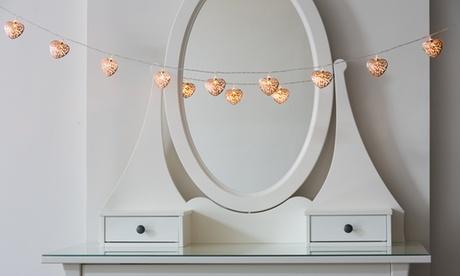 10 luces de cobre en forma de corazones