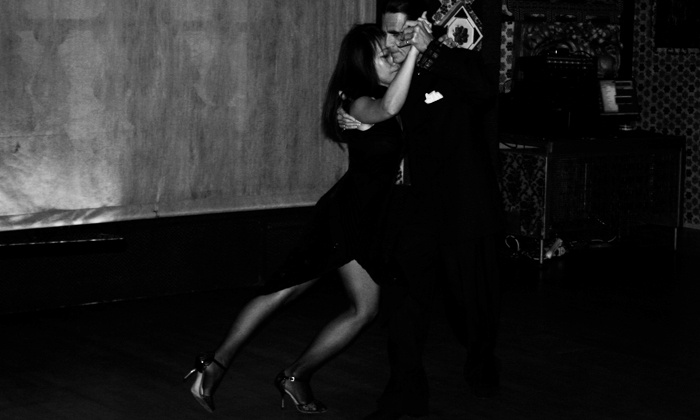 El Mundo Del Tango - El Mundo Del Tango: $29 for a Month of Argentine Tango Classes and Four Dance Parties at El Mundo Del Tango ($50 Value)