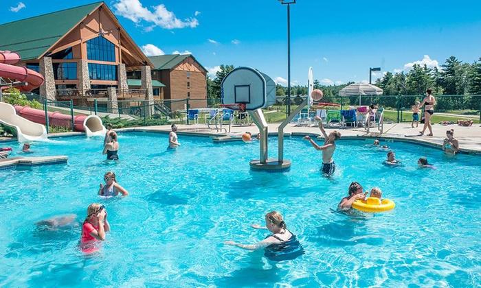 Water Park Resort North of Wisconsin Dells