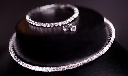 1 o 2 sets de joyería decorados con cristales de Swarovski®