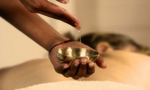 Salon Esthétique D: Un massage de 60 min aux huiles pour femmes ou un massage quintessence d'1h30 dès 34,99 € au Salon Esthétique D