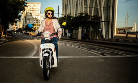 Paga 0 € en Groupon y obtén un bono de 15 € para para las motos eléctricas por minutos de eCooltra