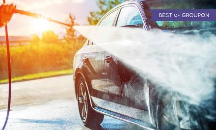 Pkw-Reinigung und Pflege von innen und außen im Paket nach Wahl bei CLEAN CAR ONE (bis zu 57% sparen*)