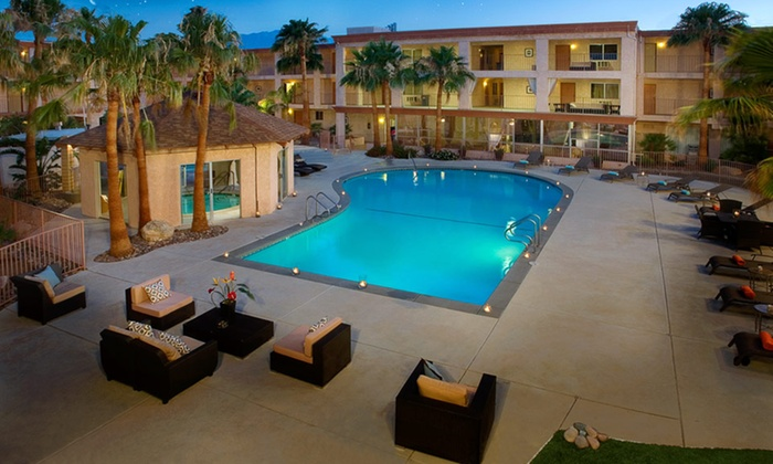Aqua Soleil Hotel & Mineral Water Spa - Desert Hot Springs, CA: 1- or 2-Night Stay for 2 with Spa Credits at Aqua Soleil Hotel & Mineral Water Spa Near Palm Springs
