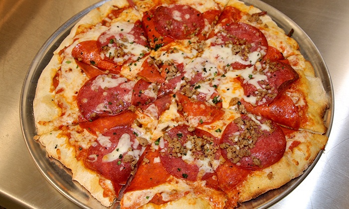 The Crafty Fox - Crafty Fox Taphouse and Pizzeria: Pizzeria Cuisine for Two or Four at The Crafty Fox (40% Off)