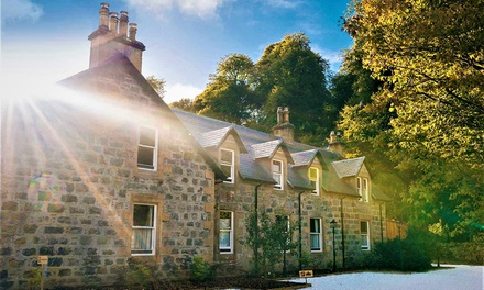 groupon.co.uk - Scottish Highlands: Double Room for 2 with Breakfast, Drink, Late Check-Out and Option for Dinner at 4* Rokeby Manor