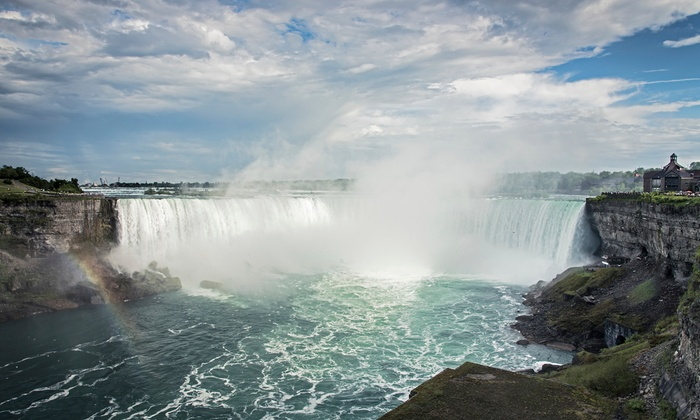 Couples or Family Getaway in Niagara Falls