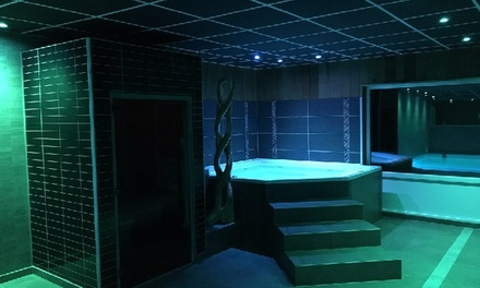 Sauna privé pour 2 personnes avec des formules basiques ou VIP chez De Clou