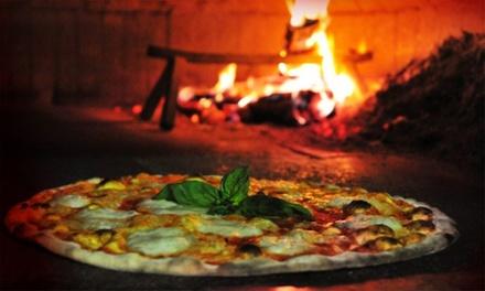 Menu con pizza a scelta, dolce e birra per 2 o 4 persone al ristorante Al Ventesimo (sconto fino a 71%)