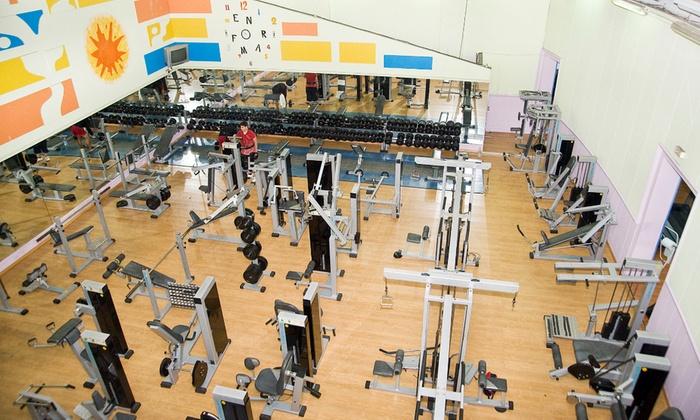 Acceso ilimitado a gimnasio en forma fitness center for Gimnasio gym forma