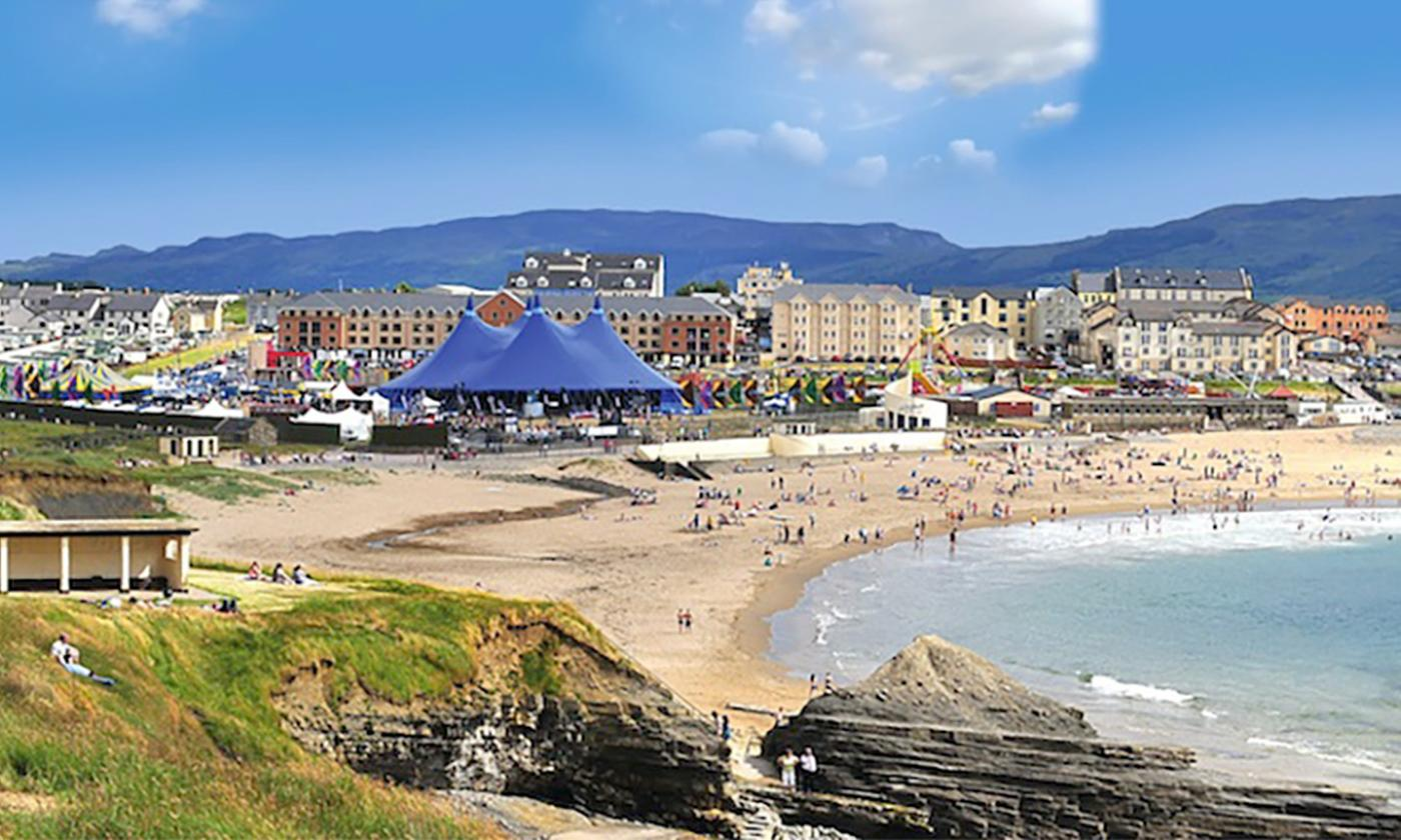 Co. Donegal: 1 or 2 Nights with Breakfast and Late Check-Out and at Grand Central Hotel