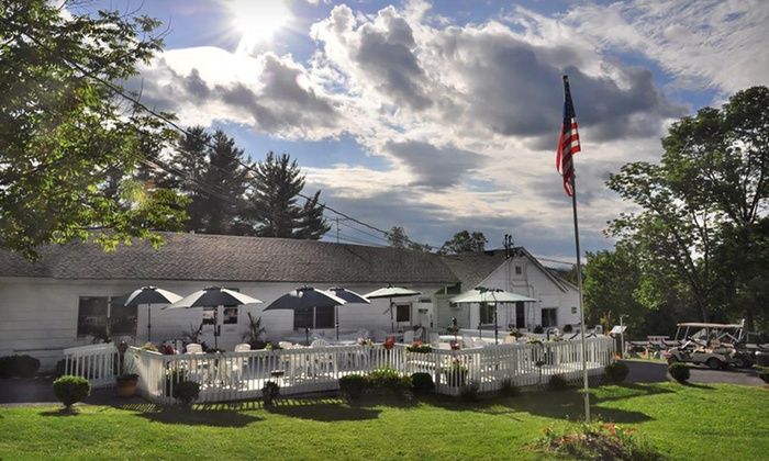 Gavin's Irish Country Inn - Durham: Two- or Three-Night Stay at Gavin's Irish Country Inn in East Dunham, NY
