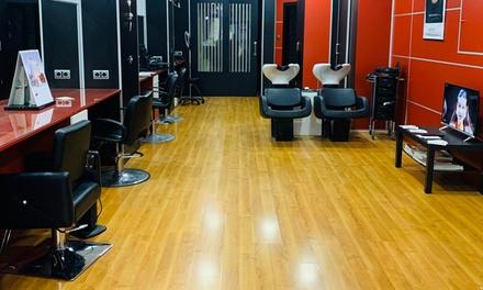 Sesión de peluquería con opción a corte, tinte y/o mechas en Alexandra Hairstyle (hasta 69% de descuento)