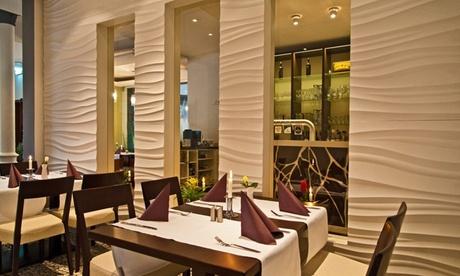Traditionelles griechisches 4-Gänge-Menü für 2 oder 4 Personen im Restaurant Elia