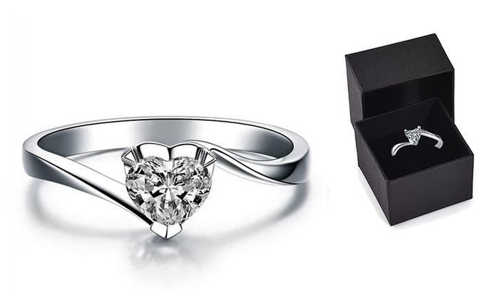 a basso prezzo 759fc fe60c Anello solitario My Love con Cristalli di Swarovski® in tre misure a 9,99 €