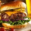 Riesen-Burger und Papas Fritas