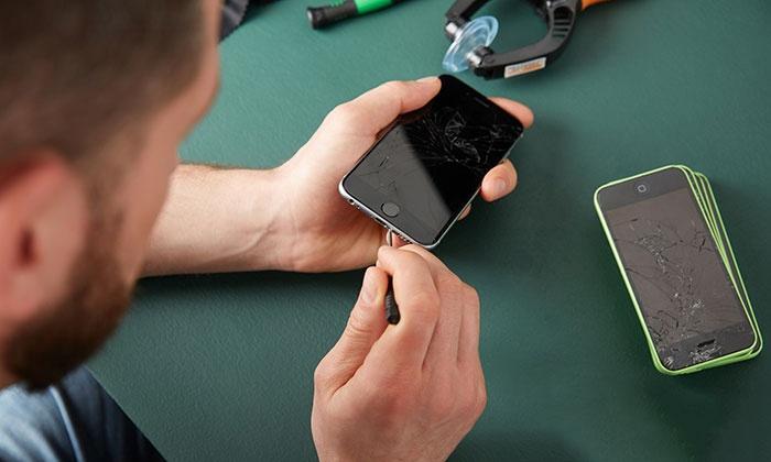 Sostituzione batteria e riparazione iPhone con Phone Rescue (sconto fino a 47%)