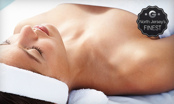 A Pampering Knead - Verona: Body Wrap or Choice of Spa Packages at A Pampering Knead (Up to 58% Off)