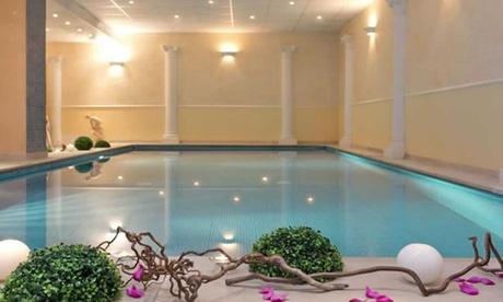 Lanciano: camera matrimoniale con colazione, accesso alla Spa e cena facoltativi per 2 persone all'Hotel Villa Medici 4*