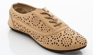 Rasolli Women's Perforated Oxford Shoes (Size 10)
